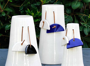 Vases Demi-lunes Isavé.jpg