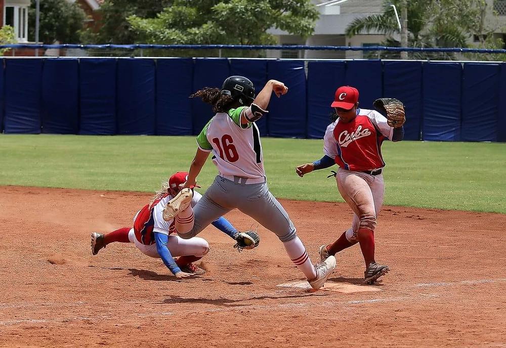 Juegos Centroamericanos 2018 - Mexico vs Cuba Softbol femenil