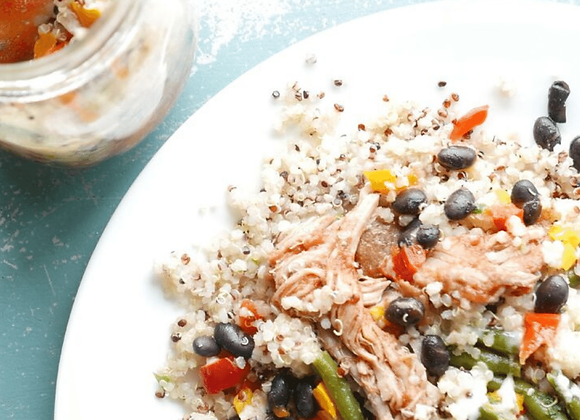 bbq pork mason jar meal with vegetables, beans and quinoa