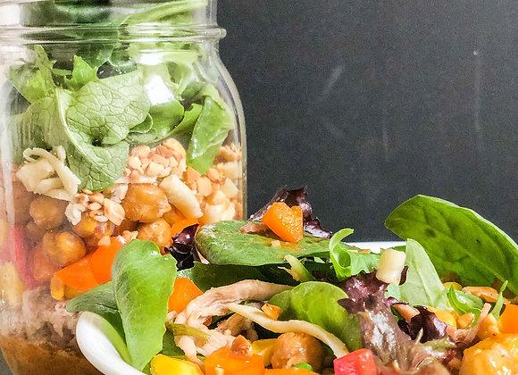 mason jar salad with pork and vegetables