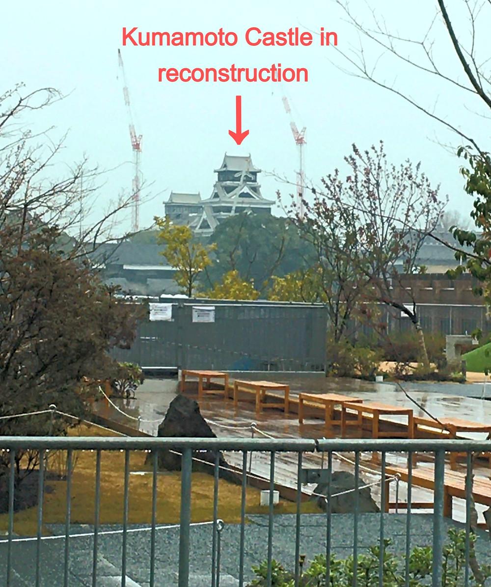 Kumamoto castle in reconstruction