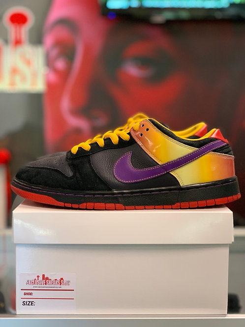 "Nike SB Dunk Low ""Appetite For Destruction"""