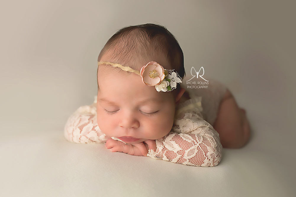 Newborn photo by Grand Rapids newborn photographer Rachel Rollins