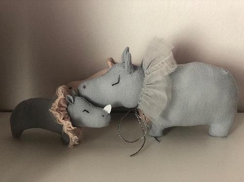 Le jouet bleu Hippo
