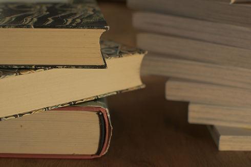 literature-3324024_1920.jpg