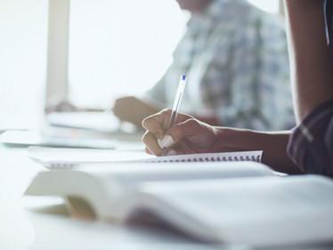 Es inconstitucional suspensión de ingreso a educación para adultos: Consejo de Estado