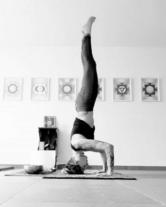 sirsasana_yoga