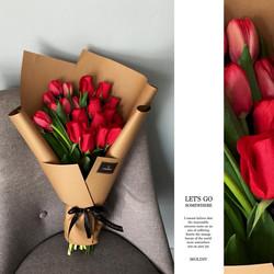 12 rosas 1 decena tulipán