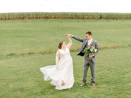 Barns of Old Glory - St. Charles, Minnesota Wedding Photographer