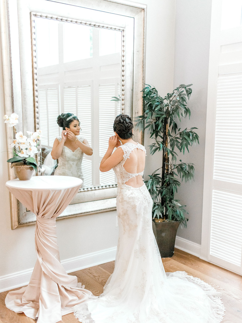 bride-groom-mirror-details-maine-marylan