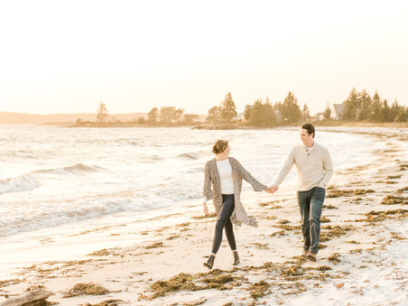 Pemaquid Point Lighthouse & Beach | Engagement Session