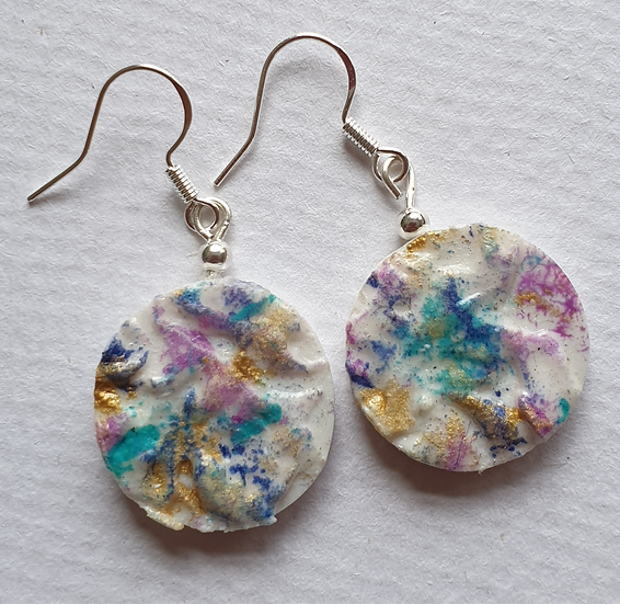 Textured White Round Ear Rings