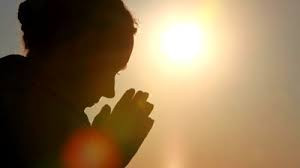 woman praying.jpg