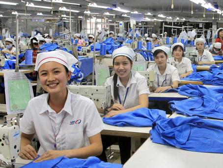 Moetööstuse telgitagused ehk kes on valmistanud sinu riided? Mis materjalist ja mis hinnaga?