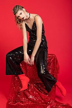 Fashion Nova / Woman in Red LookBook