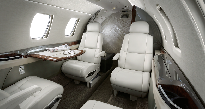 Mustang-Interior-Jet charter.png