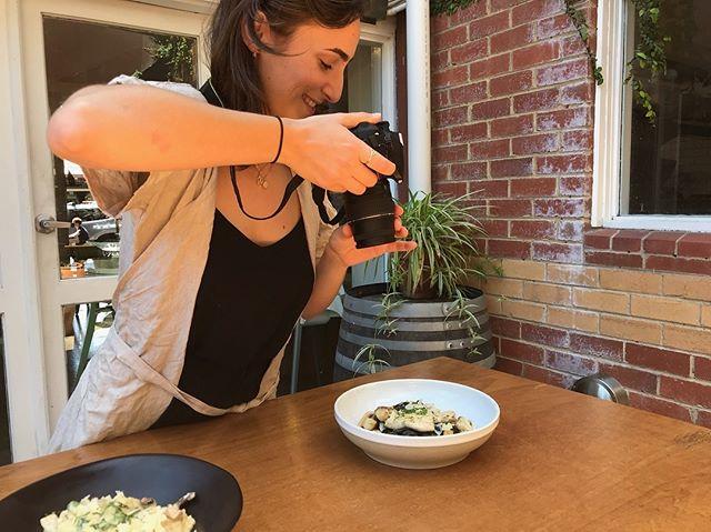 Food photographer at work 📷 🥘.jpg