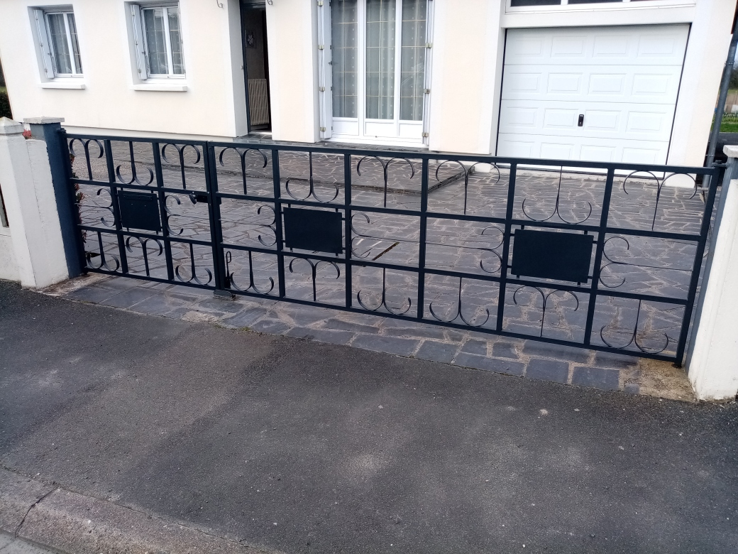 réparation_portail_fer_maineetloire