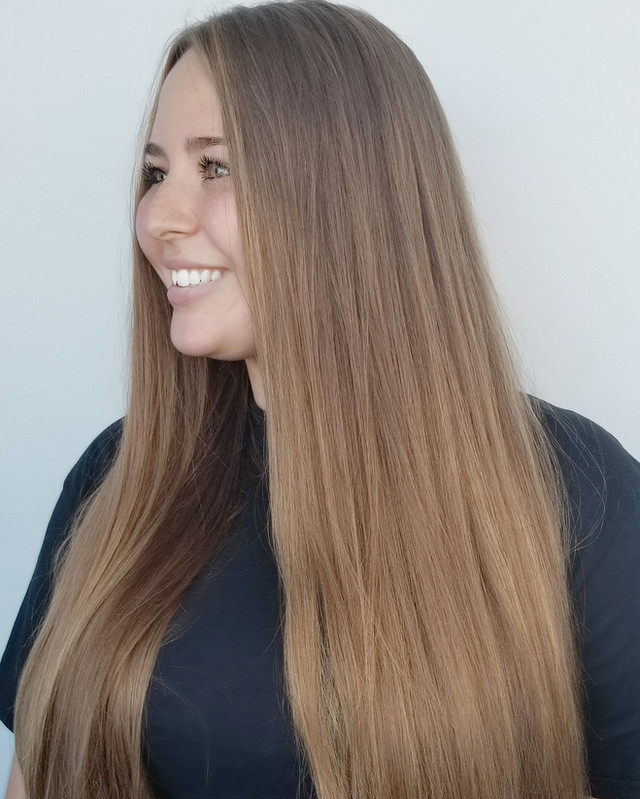 suttle balayage  by Samantha Dean hair