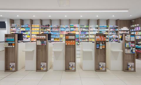 Pharmacie, Croix