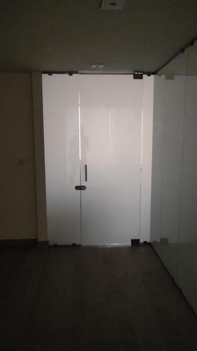inside smart film room.mp4