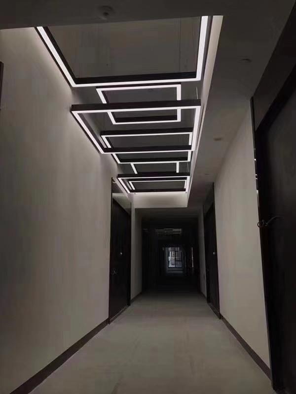 Square lighting