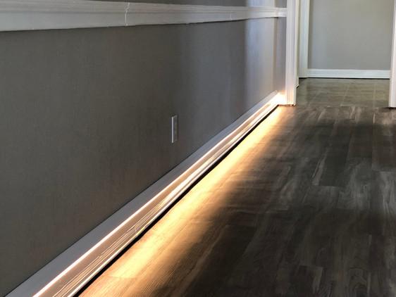 Base board lighting