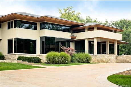 Contemporary Estate