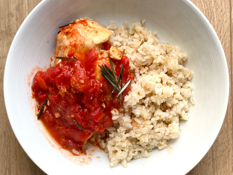 Chicken with Tomato and Rosemary Sauce