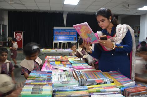 I love books....