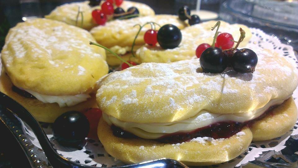 riversmeet_cakes