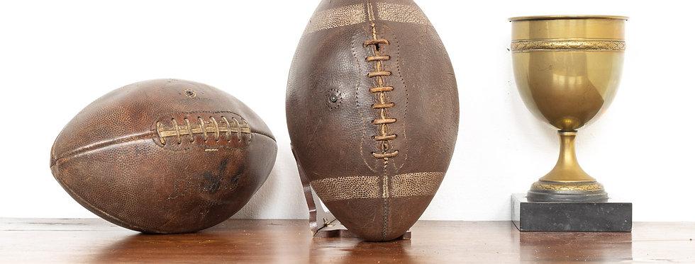 Vintage leren sport decoratie bal ballen rugby American football leer vintage antiek deco