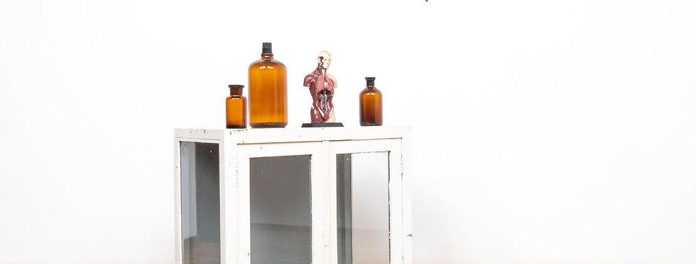vintage medisch medicijn kast vitrine medicijnkast apothekerskast vitrinekast kast medical display cabinet