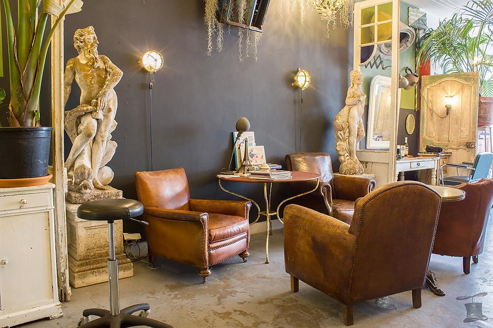 Huis van groen club fauteuils clubfauteuil fauteuil club leer vintage antiek  brocante  den haag kapper Propeller propellerhome