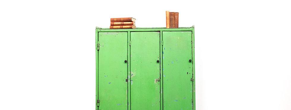 Industriële stalen dressoir kast vintage groen patina industrieel