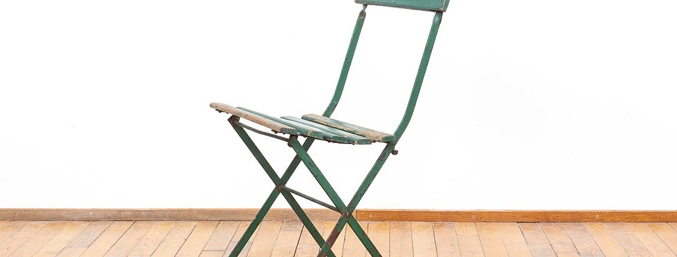 Vintage antieke oude klapstoel vouwstoel stoel bistro restaurant Brussel
