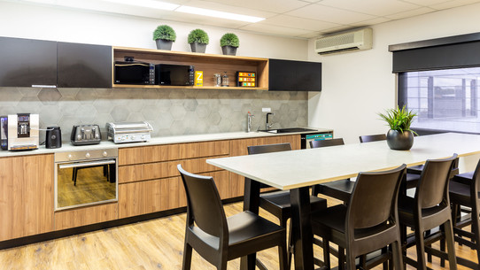 Kitchen & Chillout Lounge