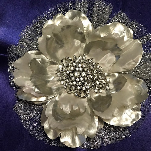 Large Silver Shine with Rhinestones center