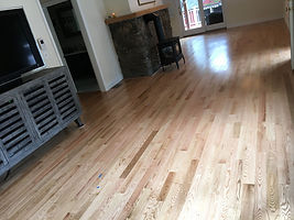 Classic Red Oak Coastal Natural Room Sce