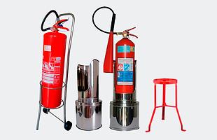 Capa para extintor, suporte tripé, suporte para extintor, suporte em chapa, tag para extintor