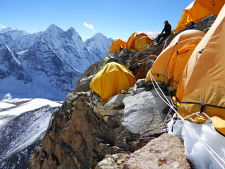 Expedition attempt to 'Ama Dablam', ends at 20,000ft.