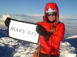 MK flag on the summits of the three highest super volcanoes in Ecuador!!!