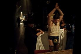 שמחה ברבירו מאחורי הקלעים בתיאטרון הקאמרי בהצגות סיראנו וקברט צילום יקיר פולק