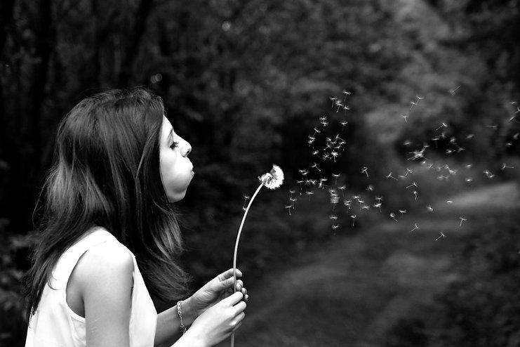 summer-girl-dandelion-wish-39485.jpg