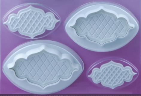 4 Pairs Emblem Background Plastic Cutter