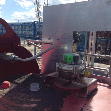 Установка пневматических панелей на приводы Rotork