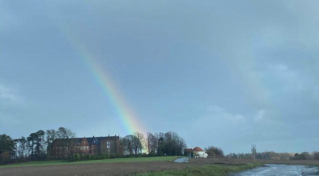 Rainbow, sign of a better future !