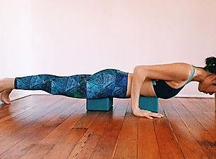yoga-restaurativo1.jpg