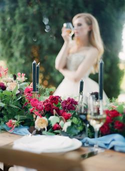Flower garland reception centre