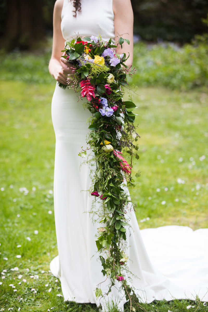 Extra long cascading bouquet